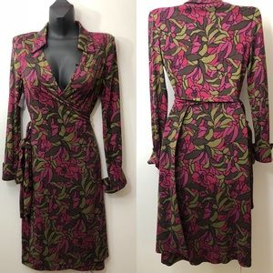 DIANE VON FURSTENBERG silk Floral wrap DRESS SZ 8